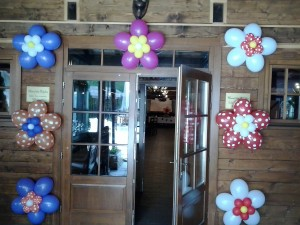 flori din baloane cu buline