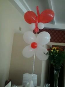 flori din baloane cu heliu