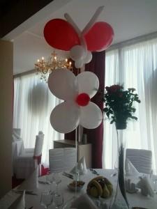 fluturi din baloane