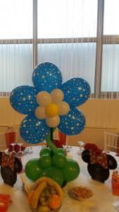 floare-din-baloane-albastra