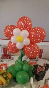 floare-din-baloane-rosie